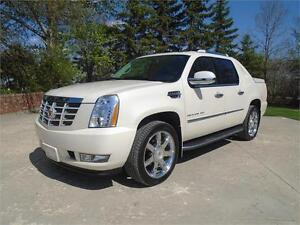 2013 Cadillac Escalade EXT AWD - WHITE DIAMOND