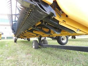 2014 NH 880CF-45 SuperFlex™ Draper Header CR/CX CIH AFX BLOW OUT Regina Regina Area image 16
