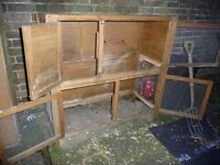 Guinea/rabbit hutch with Scratch/Newton water proof cover