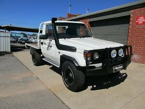 2006 Toyota Landcruiser HZJ79R (4x4) White 5 Speed Manual 4x4 Holden Hill Tea Tree Gully Area Preview