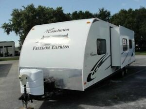 2011 Coachmen Freedom Express 291QBS fully loaded