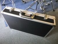 Kinsman Guitar Pedal Board and Power Supply