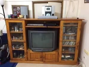 TV & display Cabinet FREE North Turramurra Ku-ring-gai Area Preview