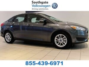 2017 Ford Focus LOW KMS | BACK UP CAMERA | BLUETOOTH | HEATED SE