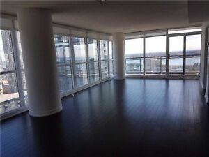 1000 sq.ft. 2 BDRM LUXURY DWNTN CONDO WITH GREAT LAKE VIEWS!!