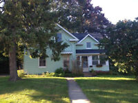 4 Bedroom Renovated Home with HUGE Backyard *** JULY 1st