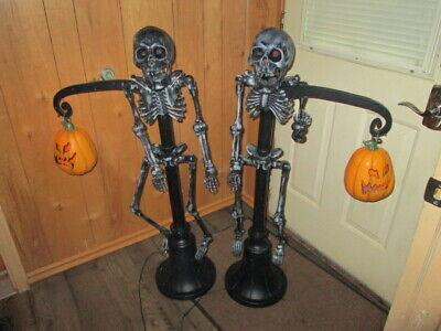 LOT OF 2 HALLOWEEN DECORATIONS Lighted Skeletons & pumpkins Creepy props