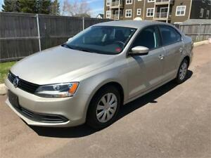 2014 Volkswagen Jetta Sedan Trendline+ - HEATED SEATS & MORE