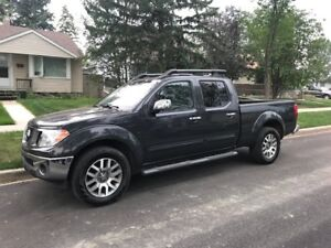 2013 Nissan Frontier SL (V6) Crew Cab, 80,000 KMS