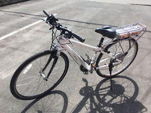 Vélo Cannondale électrique système BionX