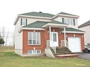 Beautiful Vaudreuil 3 + bedroom Home for sale