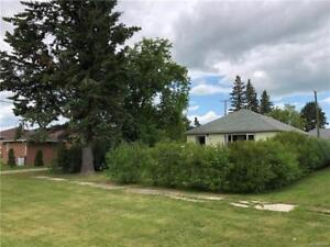 Great location for  1 BR home in Hamiota MB!