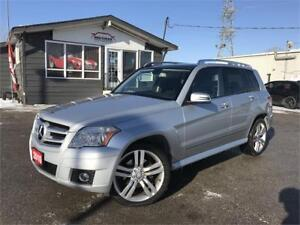 2010 Mercedes-Benz GLK 350 4MATIC|PANO ROOF|LEATHER|NO ACCIDENTS