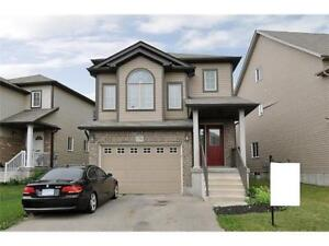 Beautiful Detached Home in West Kitchener - $1,800/mo + Util