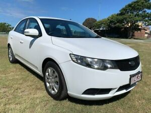 2009 Kia Cerato TD MY10 S White 5 Speed Manual Sedan Woongoolba Gold Coast North Preview
