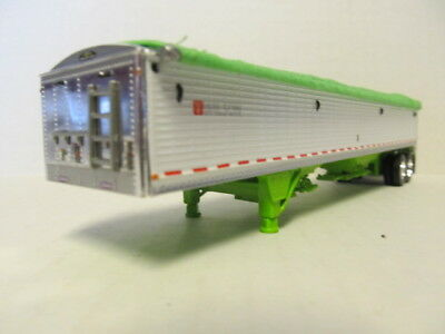 DCP 1/64 SCALE WILSON GRAIN TRAILER (HOPPER BOTTOM)  WHITE /LIME GREEN BOTTOM