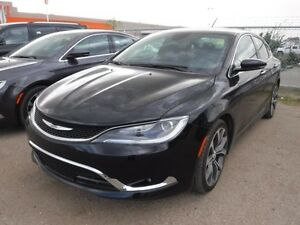 2016 Chrysler 200 C, Nav, leather, rem. start, sunroof, back up