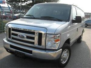 2012 Ford Econoline Wagon 134km 15 PASSENGER - LOOKS LIKE NEW!