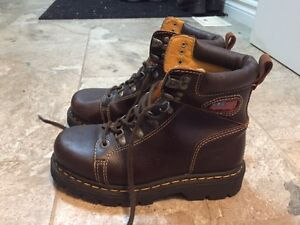 Barely worn size 6 Women's Winter Boots
