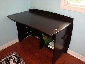 meuble pour ordinateur West Island Greater Montréal image 1