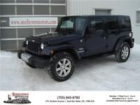 2013 Jeep Wrangler Unlimited Sahara 4x4 |Tow Package|