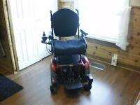 As new, deluxe electric wheelchair.photos 2 serious respondents
