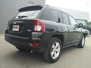2016 Jeep Compass North 4X4 AUTO LEATHER/CLOTH ALLOYS London Ontario image 7