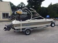 Nice! 2007 Larson 18' Bowrider 190HP with Tower!