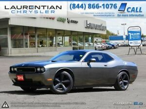 2010 Dodge Challenger -LOW KMS!! LEATHER!!