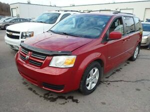 2009 Dodge Grand Caravan SE with Stow n Go 25th Anniversary