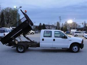 2006 FORD F-350 XL CREW CAB FLAT DECK DUALLY WITH DUMP