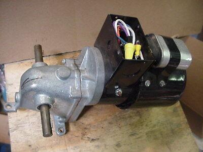Dayton 1lpy8 Dual Shaft Ra Ac Gearmotor Motor 112hp 115230vac 21rpm