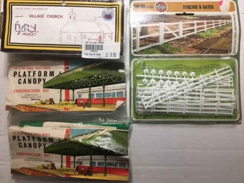 Lot of 4 Airfix/Dapol OO HO plastic kits: Village Church, Station Canopy (2) & F