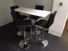 Set of Bar Stools and a Table - from dwell - great condition!