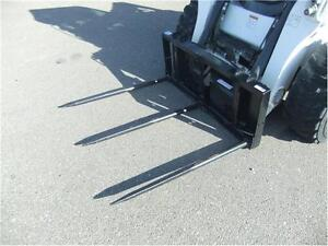 THREE PRONG BALE SPEAR SKID STEER MOUNT