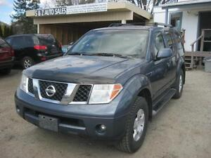 2005 Nissan Pathfinder 4x4 7 psg! 1 owner no accident!