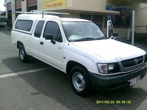2004 Toyota Hilux RZN154R White 5 Speed Manual Extracab Coopers Plains Brisbane South West Preview