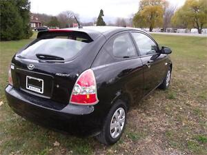 2009 Hyundai Accent Man L London Ontario image 5