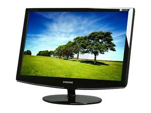 "Wanted an LCD, OR LED Computer Monitor. 23"" or Larger"