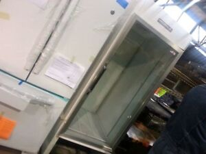 Single glass door cooler !100% cold working condition.SAVE!