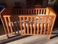 Kub Nativa cot / cotbed £45 (john Lewis mattress for free)