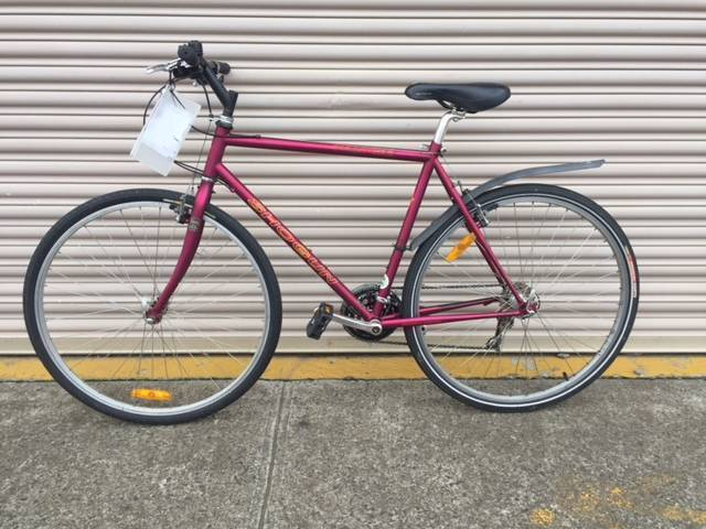 Shogun hybrid bike - Medium size. Refurbished.