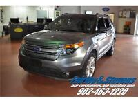 2014 Ford Explorer Limited 4WD! Luxury!