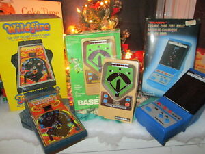 ***VINTAGE 70'S/80'S HAND HELD VIDEO GAMES COMPLETE IN BOXES!!**
