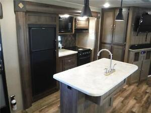 2017 Puma 32FBIS 2 bedroom Travel Trailer with Outside kitchen Stratford Kitchener Area image 8