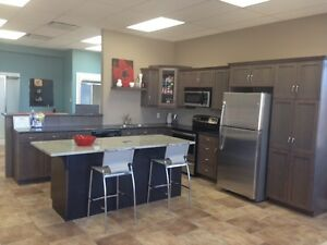 SHOWROOM KITCHEN CABINETS