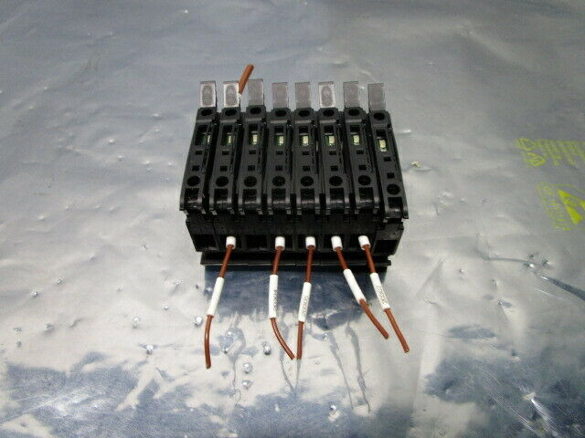 1 Lot of 8 Allen-Bradley 1492-WFB4 Terminal Block Fuse Block, IEC947-7-1, 101111
