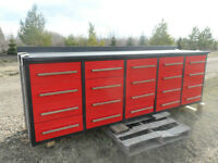 New tool bench 9.6ft with 20 drawers 28in;wide x 36 in high