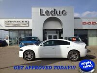 2015 Dodge Charger with Sunroof and Remote Start SE