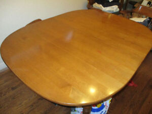 Vilas Dining Room Table And 4 Chairs